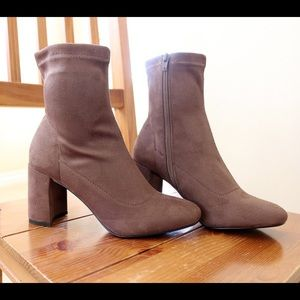 leaf-taupe stretch ankle boots booties